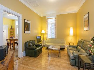 Traditional Plateau 4.5, ideal location 2 bedrooms, Montreal