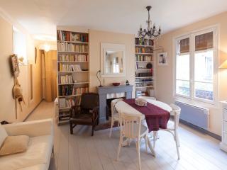 Appartement de charme calme et lumineux, Parijs