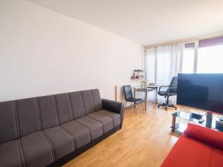 RENT STUDIO FURNISHED IN Paris FOR 2 -3 MONTHS, París