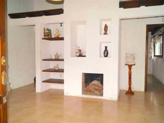 Cozy 2 Bedroom Cabin Fireplace, San Cristobal de las Casas