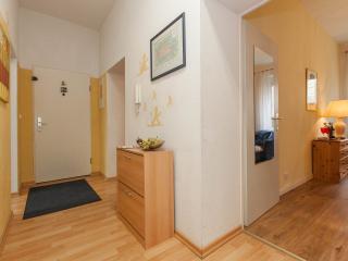 Hallway with wardrobe for shoes Flur mit Schuhschrank
