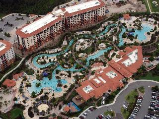 Awesome 3BR, 3Bath, condo, sleeps 12 Disney World, Kissimmee