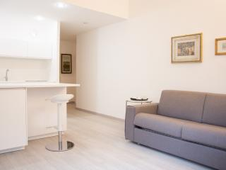 Wonderful location, great apartment in city centre, Milano