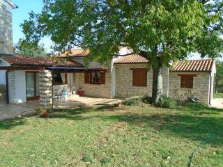 Country house in the willage Kaldanija near Umag