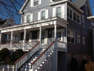 808 Wesley Avenue 2nd and 3rd Floors 131538