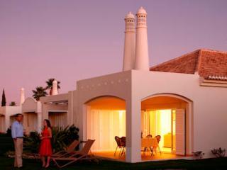Vale d'Oliveiras 2 Bed Suite Garden View , Self Catering, Ferragudo