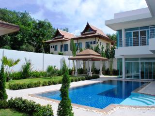 New luxury 3 bedroom villa, Nai Harn