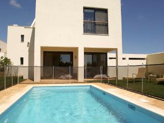 Martinhal Village Pinewood House with private pool, Master Deluxe Three Bedrooms, Sagres