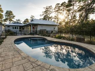 5BR Coastal Luxury in Santa Rosa Beach - Private Pool and Courtyard
