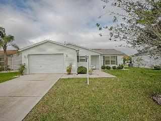 Beautiful home with complimentary gas golf cart in a great location!!, The Villages