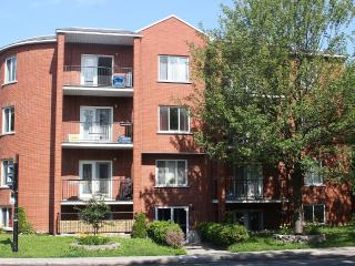 Spacious Top Floor Apt In Outremont, Montreal