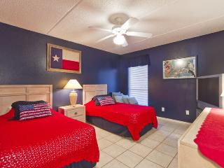 South bedroom with 2 twin beds