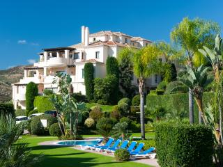 Luxury 3 bed Duplex Penthouse Capanes del Golf  Benahavis