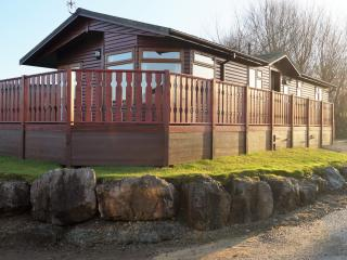 Douglas Lakeland Lodges