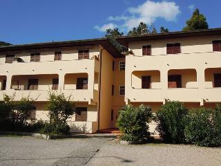 LA BOUGANVILLE, Procchio