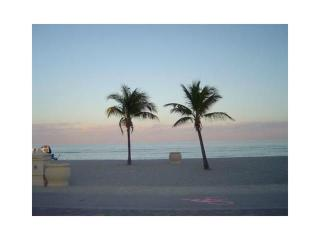 Budget+Comfy Hollywood Beach accomodation!! 50