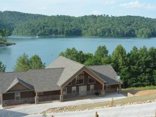 Norris Lake, 6 BR, 5 1/2 Bath, Sleep 24, Dock,, La Follette