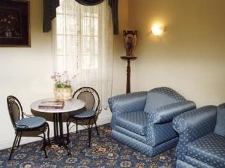 Merton Manor Exclusive B&B Guest Suite 2