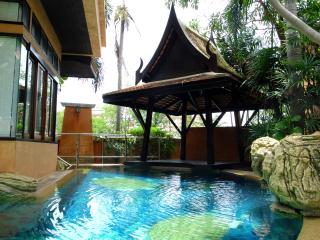 Weekend Villa - Dharawadi Elegant Pool Villa, Jomtien Beach