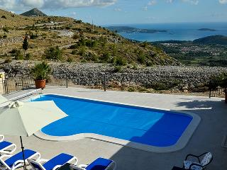 Villa Queen with private pool near Dubrovnik, Gornji Brgat