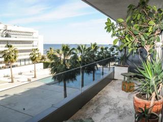 Luxury Apartment Playa D'en Bossa, Ibiza Ciudad