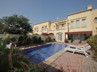 Deluxe Villa | 3/4 Bedrooms | Private Pool | Best Location