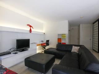 Lovely city room with PayTV & WIFI, Sydney