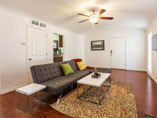 Spacious condo downtown Phoenix, 1