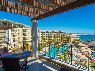 1 bedroom suite w/kitchen, terrace & amazing view, Cabo San Lucas