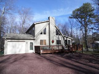 Beautiful 3 Bedroom w/Loft Vacation Rental in Albrightsville