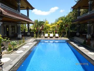 6-Bedroom at Villa Agung Khalia - Great for Groups