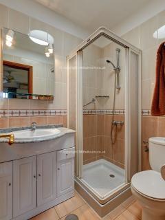 Refurbished shower room 91