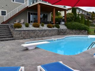 2000 Ft2 Suite with a Private Pool, Kelowna