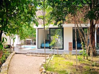 CASA RISUENA, Tulum; Villa, 5people, private POOL