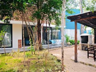 CASA RISUENA, Tulum; Villa, 5people, private POOL
