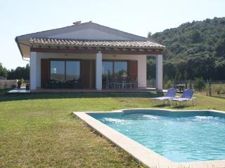 Villa CAN BIEL with 3 bedrooms, pool and wifi, Sa Pobla
