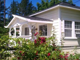 Wine Country Cottage, Healdsburg