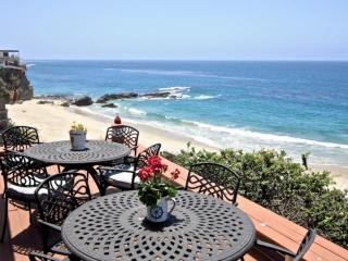 Laguna Beach Oceanfront Cottage