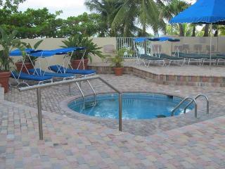 ESJ Azul Hotel-Condo-HI FLOOR, GREAT OCEAN VIEW!