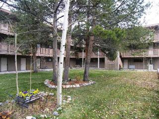 Ten Mile Creek  2 bd 15 ba