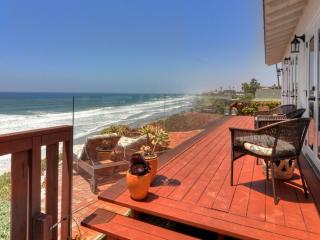 Ocean Breezes at Our Romantic Cottage - Pacific Ocean View situated on the cliff