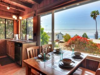 Cabin by the Sea in Cardiff, Encinitas