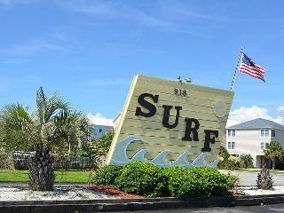 Surf Condo 215 - REMODELED, Colorful Design, Pool, Beach Access, Surf City