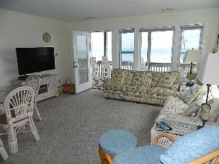 Carolina Joy South - Spectacular Oceanfront View, Beach Access, Near Shopping, Surf City