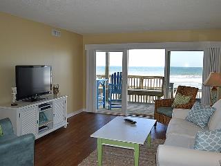Queen's Grant E-115 - First Floor Oceanfront Condo with Community Pool, Hot Tub,