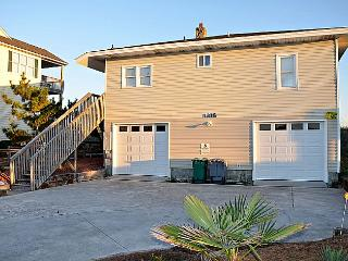 Virginia's Beach - Fabulous Oceanfront View, Convenient Location, Quaint, Surf City