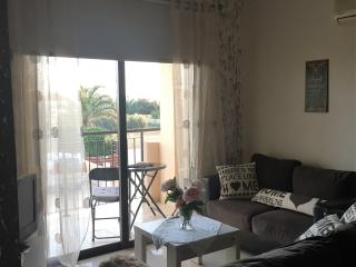 2 Bedroom Apartment* by the Sea, Pervolia