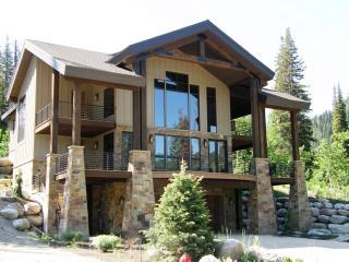 Awesome Ski House, Solitude