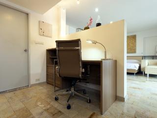 SUPERIOR Room - Working Desk