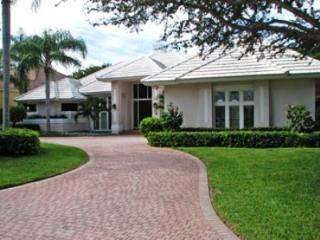 House in Pelican Bay, Naples